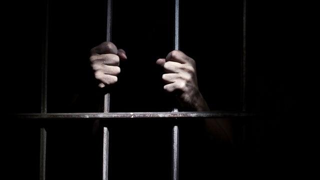 Risk behind bars: Coronavirus and immigrationdetention